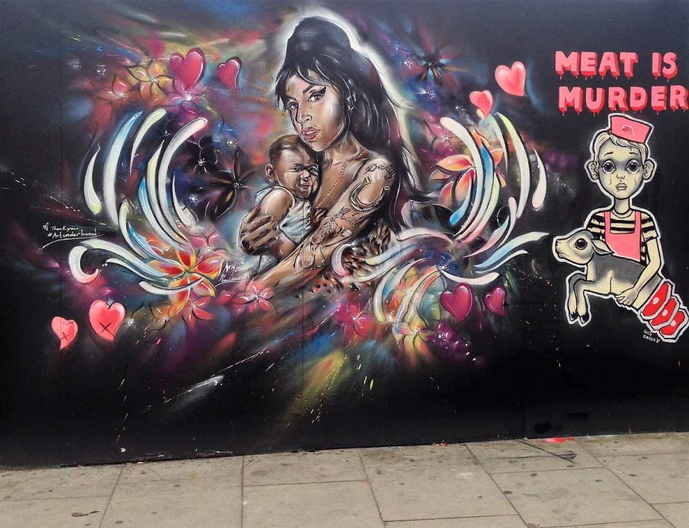 Amy Winehouse on Cremer Street in Shoreditch.